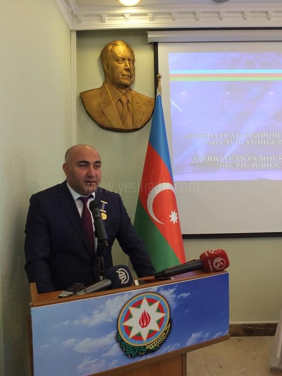 Azerbaycan'dan Diplomatik Madalya
