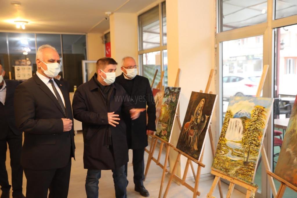 Yağlı boya kişisel resim sergisinin açılışı yapıldı