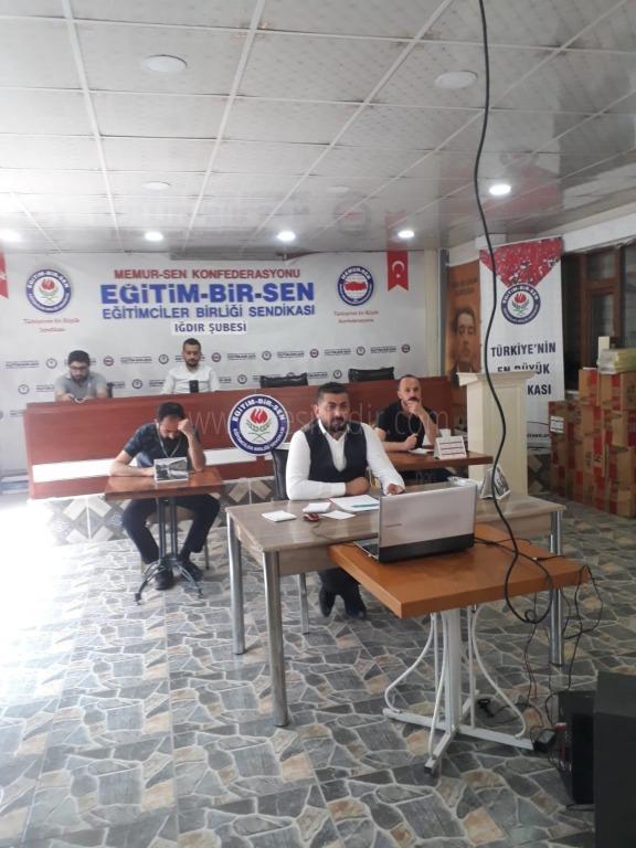 Eğitim-Bir-Sen Iğdır Şubesinin İl Divan Toplantısı telekonferans sistemiyle gerçekleşti