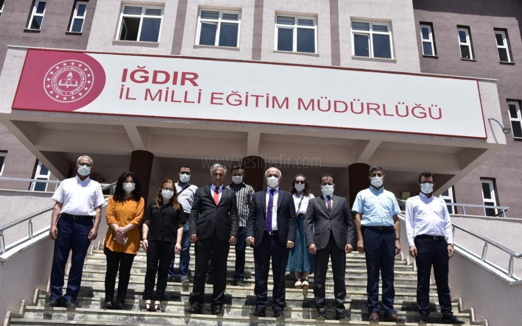 Genel Müdür Dr. Sadri Şensoy, ilk defa ortaokul müdürleriyle toplantı yaptı