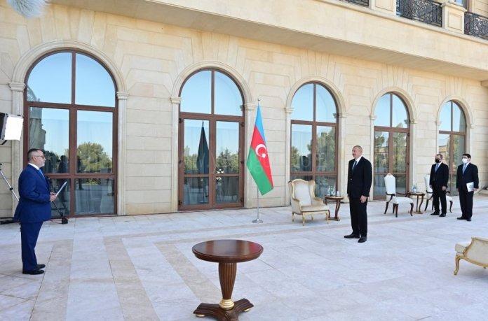 Azerbaycan'dan Gardaş Desteği