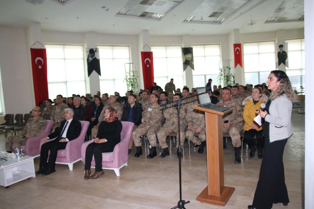 """""""Kadına Yönelik Şiddetle Mücadele Konulu Konferans Verildi"""