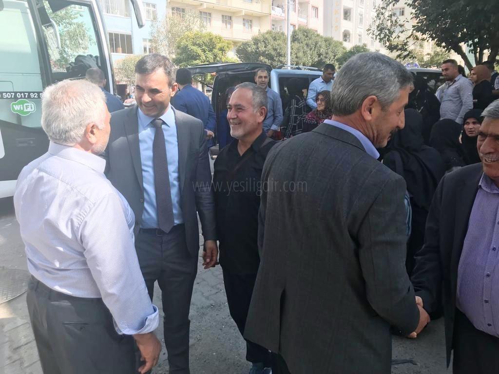Başkan Yaşar Akkuş  Erbain'e gidenleri uğurladı