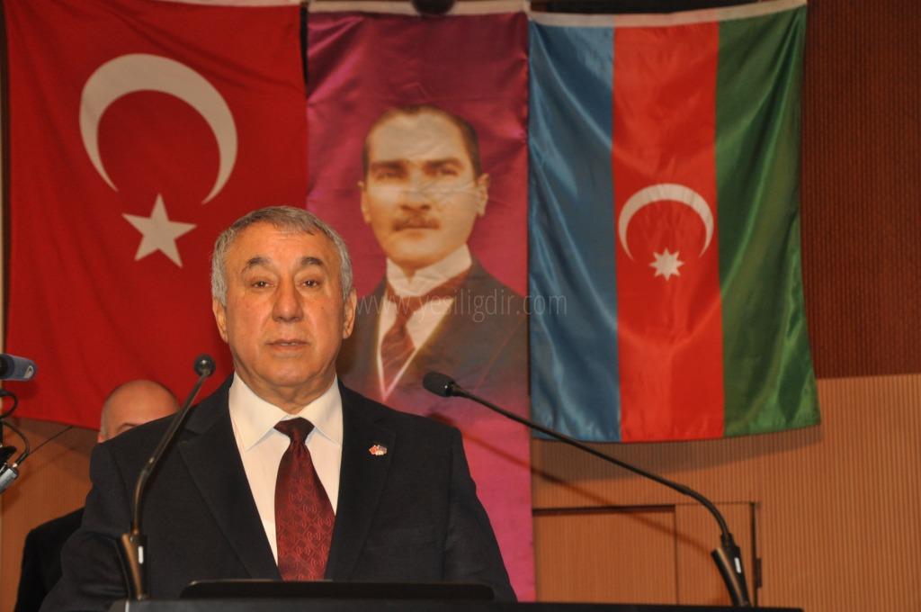 """ÜNSAL ,""""BİZDE GÖY MESCİD'DE  NAMAZ KILMAK İSTİYORUZ"""""""
