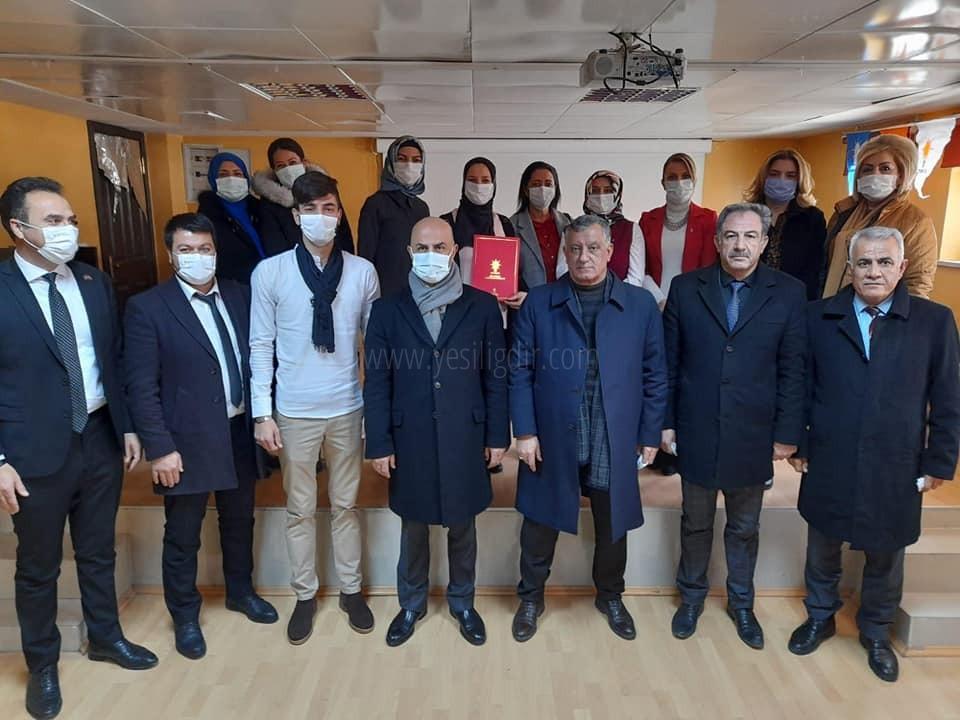 Ak Parti Karakoyunlu 6.Olagan ilçe Kadın Kolları kongresi yapıldı.