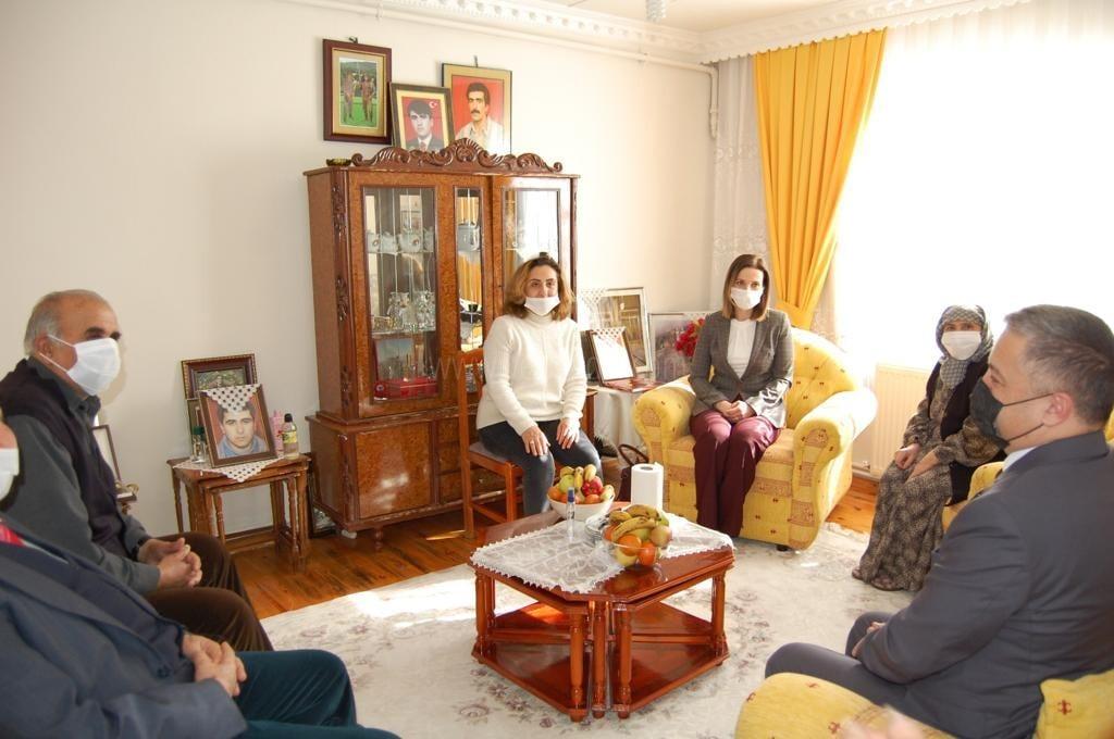Cihat Sayım'ın ailesine ziyaret