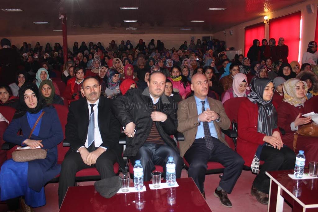 Iğdır'da Dünya Arapça Günü kutlandı