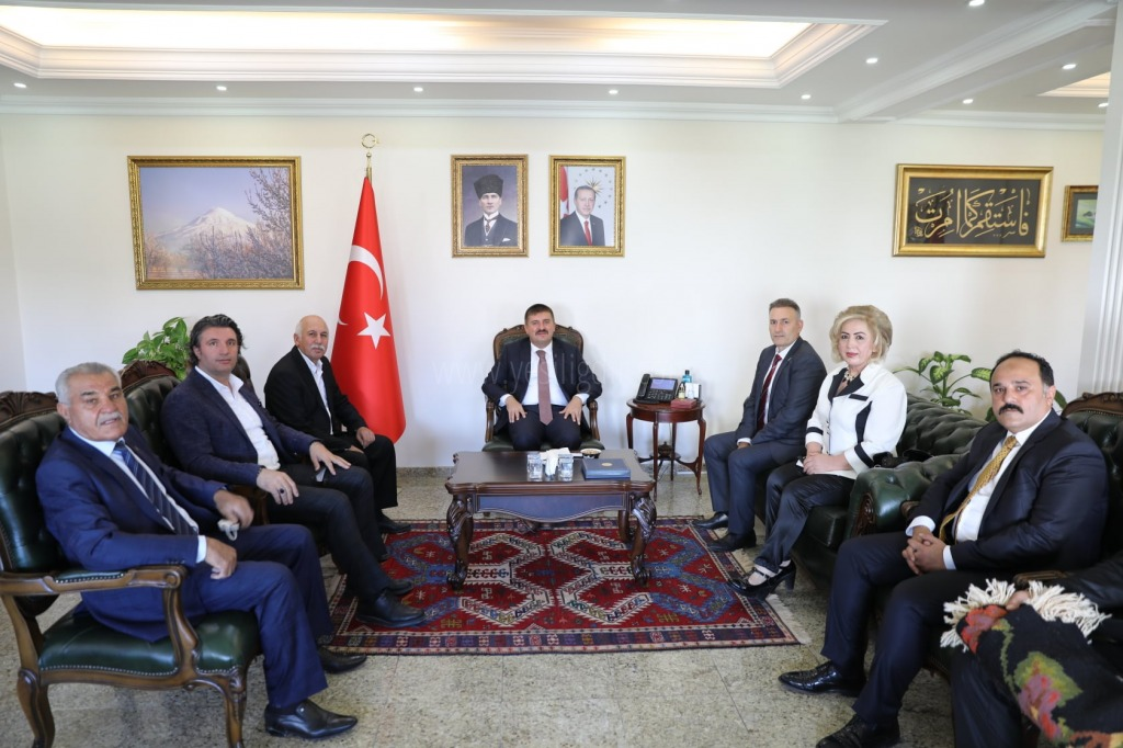 Vali Sarıibrahim, Ahilik Haftası Kapsamında İl Kutlama Komitesi'ni Kabul Etti