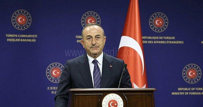 Bakan Çavuşoğlu: Azerbaycan'la seyahatler artık sadece kimlik kartıyla mümkün
