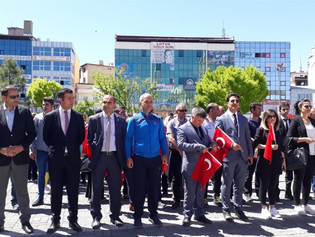 19 Mayıs Gençlik Haftası  Çelenk Töreni ile Başladı