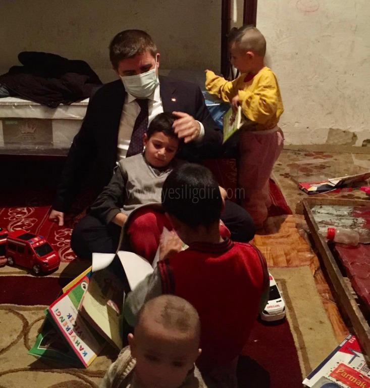 Vali/Belediye Başkan V. H. Engin Sarıibrahim,  Baydar ailesine çat kapı ziyarette bulundu.