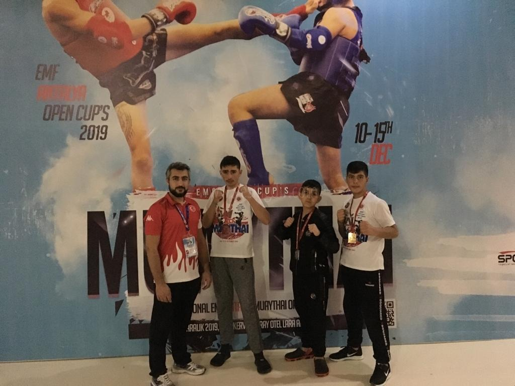 Yaycı Spor kulübü Muay Thai̇  takımından mi̇lli̇ başarı