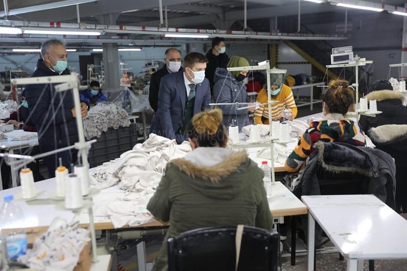 Vali  Sarıibrahim Gürşan  Tekstil'i Ziyaret Ederek   İncelemelerde Bulundu