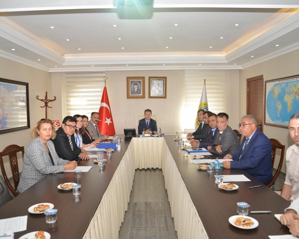 Vali  Enver Ünlü'nün Başkanlığında Toprak Koruma Kurulu Toplantısı Yapıldı