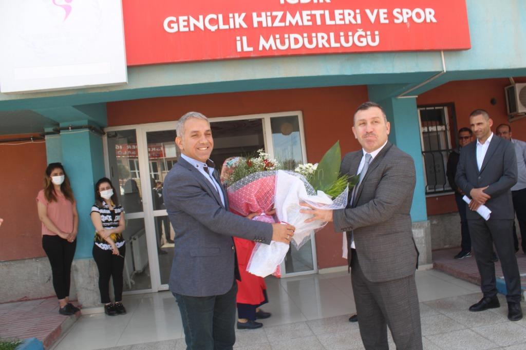 Gençlik ve Spor İl Müdürlüğü'nde devir teslim töreni yapıldı