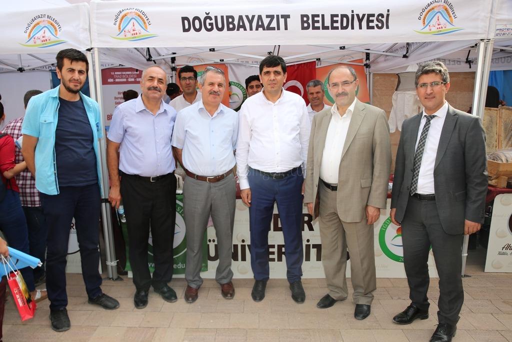 "Üniversitemiz, ""Ahmed-i Hani Kültür, Sanat ve Turizm Festivali""nde Stand Açtı"