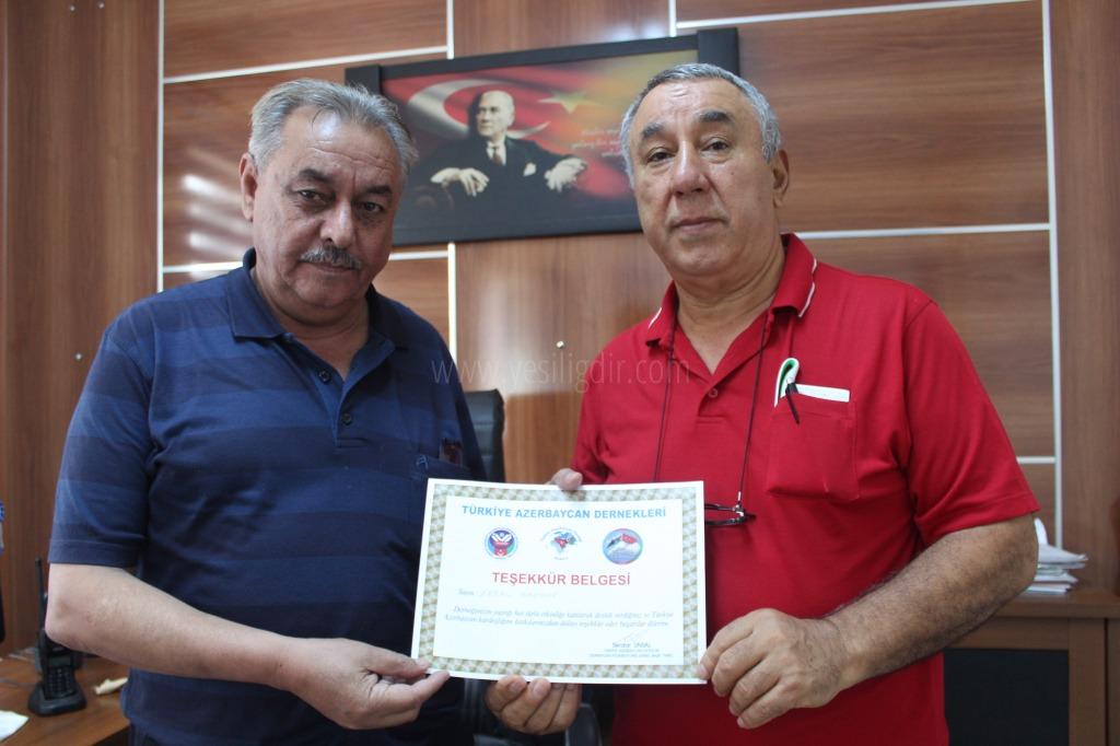 IĞDIR AZERBAYCAN EVİ DERNEĞİNDEN AZERBAYCAN TÜRKİYE KARDEŞLİĞİNE DESTEK VEREN ERDAL BAGANE'YE TEŞEKKÜR BELGESİ