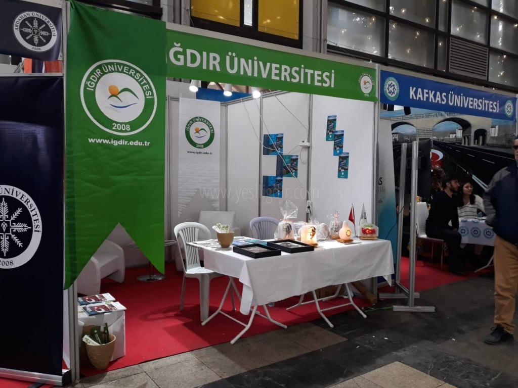 """Iğdır Üniversitesi """"Kars-Ardahan- Iğdır Tanıtım Günlerinde"""" Stant Açtı"""