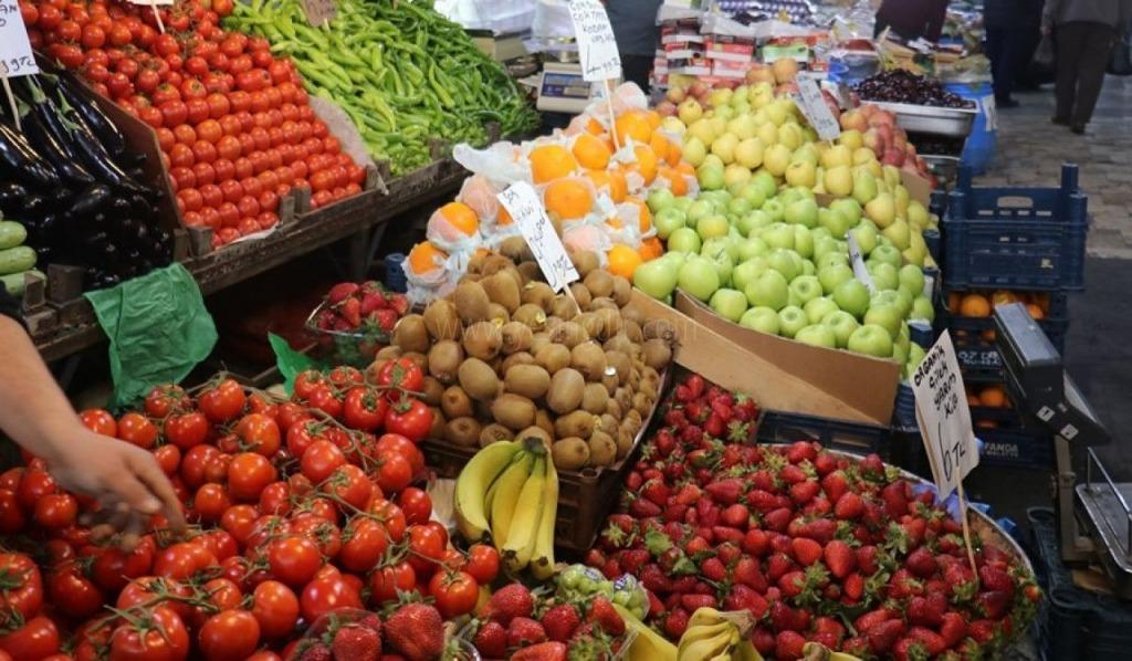 İlimizde Sebze meyve fiyatı rekora koşuyor