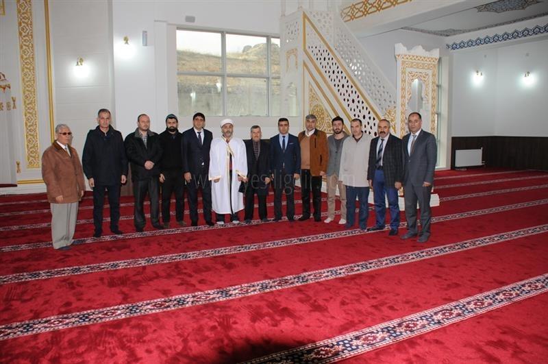 Kampüs Camide İlk  Cuma Namazı Kılındı