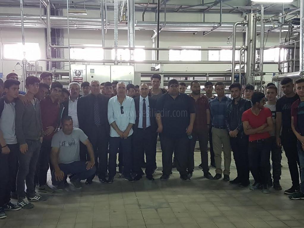Öğrenciler  Sanayi sitesini gezdi