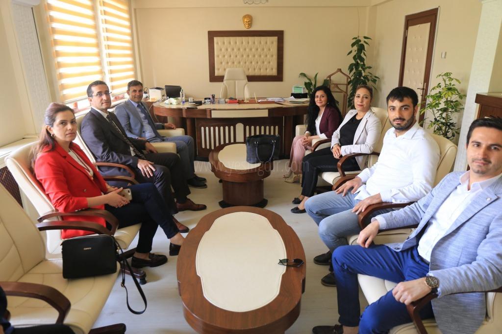 Iğdır Baro Yönetiminden Belediye  Eş Başkanlara Hayırlı Olsun Ziyareti