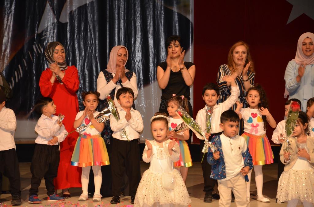 Özel Cansın anaokulu 2018 Anneler günü kutlama programı yaptı