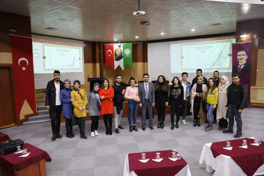 """Iğdır Üniversitesin'de """"Bulaşıcı Hastalıklar AİDS Günü"""" Konulu Konferans Düzenlendi"""