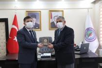 Vali/Belediye Başkan V.  H. Engin Sarıibrahim'e Anlamlı Ziyaret
