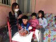 Hatice Sarıibrahim  Kadan Ailesini Ziyaret Etti