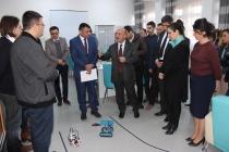 Iğdır Bilim Ve Sanat Merkezinde Robotik ve Akıl Oyunları Eğitimine katılanlara sertifikaları verildi.