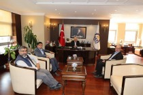 Üniversite  Rektörü Prof. Dr. Mehmet Hakkı Alma,  Gebze Belediye Başkanı Zinnur Büyükgöz'ü ziyaret etti.