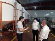 Iğdır Üniversitesi Rektörü Prof. Dr. Mehmet Hakkı Alma,  Turkuaz Kozmetik ve Kimya Sanayi tesislerine ziyarette bulundu.