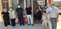 AZERBAYCAN'DA KAÇKIN AİLELER KURBAN BAYRAMINDA SEVİNDİRİLDİ