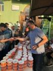Iğdır Belediyesi Bayram Namazı Çıkışında Vatandaşlara Çorba İkram Etti