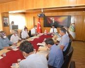Iğdır İl Encümen Toplantısı,  Vali/Belediye Başkan V. H. Engin Sarıibrahim başkanlığında yapıldı
