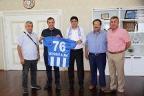 Iğdır Aras Spor Başkanı ve Yönetimi Rektör Alma'yı Ziyaret Etti