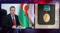 Akademisyen İsa Hebibbeyli'ye Şeref Madalyası Verildi