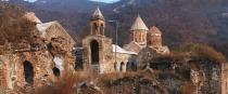 Ermeniler, Azerbaycan halkına ait dini, tarihi ve kültürel eserlerin her türlü tahrifatına başvurmuşlar