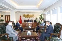 19 Ekim Muhtarlar Gününde Atatürk Büstüne Çelenk Bırakıldı