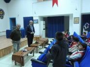 Şehit Öğretmen Şevki Akgün İlkokulu Öğrencileri  İl Emniyet Müdürü   Yüksel Babal'ı Ziyaret Etti