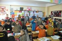 İl Jandarma Komutanı Başakçı'dan Öğrencilere Anlamlı Ziyaret