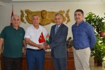 IĞDIR AZERBAYCAN EVİ DERNEĞİNDEN VALİ AHMET TURGAY ALPMAN'A ZİYARET