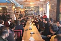 Başkan Akkuş Cafe İşletme Sahipleri  İle Toplantı Yaparak Yasaklar  Konusunda Bilgilendirme Yaptı