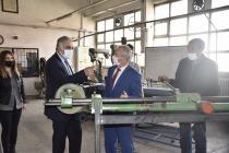 Iğdır Milli Eğitim Müdürü Mesleki Ve Teknik Anadolu Lisesini Ziyaret Etti.
