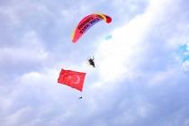Şehit Bülent Yurtseven Kampüsü'nde Paramotor Gösterisi Yapıldı