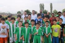 Iğdır Belediyesi'nin Ücretsiz Yaz Futbol Okulu Açıldı