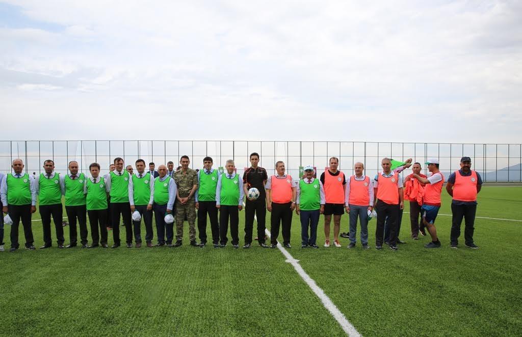 Üniversitemizde 9. Bahar Şenlikleri Şöhretler Futbol Maçı ile Başladı