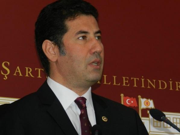 """Milletvekili Sinan Oğan """"Turgut Demirkaya'yı  Rahmetle  Anıyoruz."""