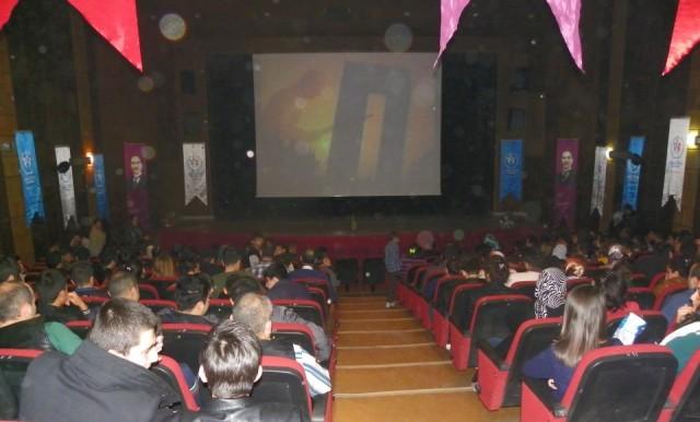 """Iğdır Halkından """"Çanakkale 1915"""" Filmine Yoğun İlgi"""